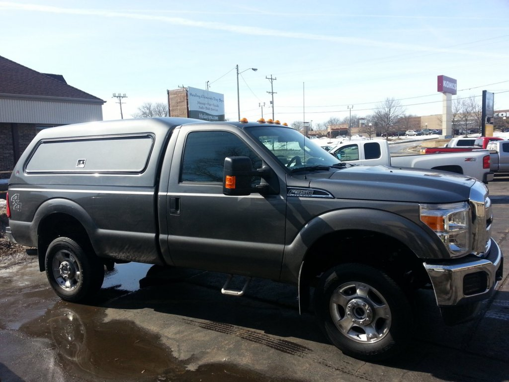 Ford F350 cap w/access doors